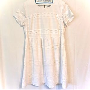 Women's Old Navy eyelet lace size medium dress